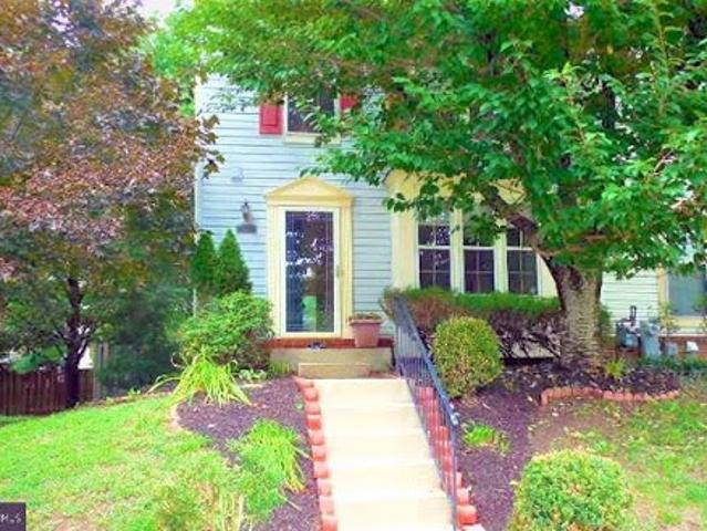 Owings Mills Three Br 3.5 Ba, Welcome To This Lovely End Of Grou