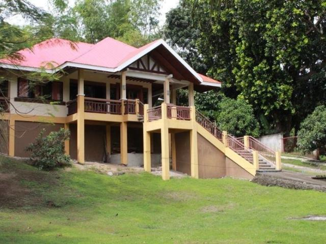Own This Fully Furnished House 3 Bedroom 2 Toilet&bath