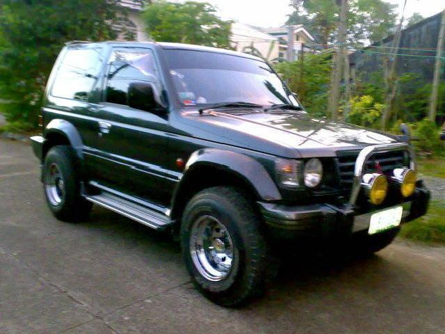 <strong>Pajero</strong> 3-Door 1998