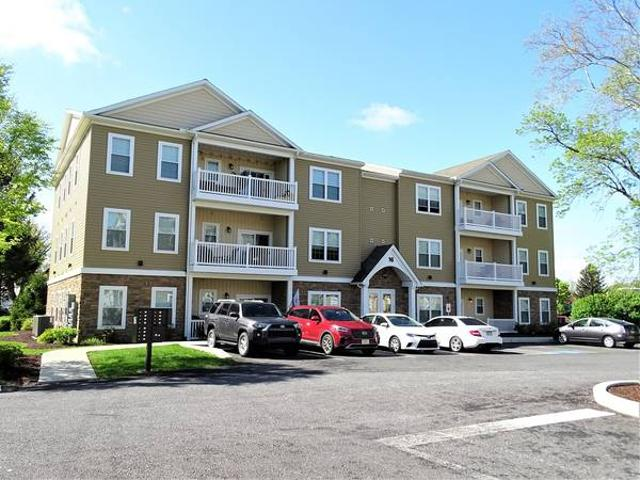 Paradise Meadows 2 Br, 2nd Fl Open, Airy Sunny Luxury Apartment Gordonville