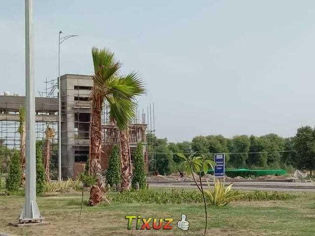 Park Facing Well Located 10 Marla Plot In Sector F In Dha Bahawalpur