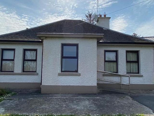 Parochial House, Tully, Ballynahown, Co. Galway