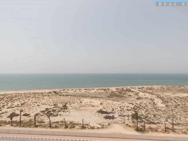 Partition Studio Fully Furnished Stunning Sea Views