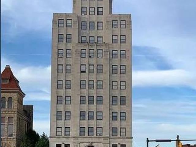 Penthouse Suite In Tallest Building In Richland County Chase Tower, 28 Park Ave West Mansf...