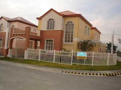 Philippine Property For Sale In Bacoor Cavite 2 Storey Single House & Lot