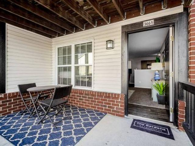 Plank Style Flooring, Garage Space Available, Pet Friendly Th
