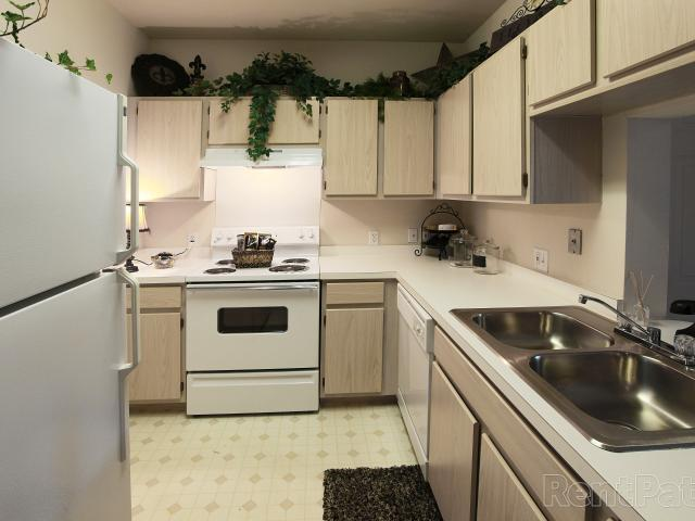 Prairie Springs I & Ii 3 Bedroom Apartment For Rent At 9777 N Council Rd, Oklahoma City, O...