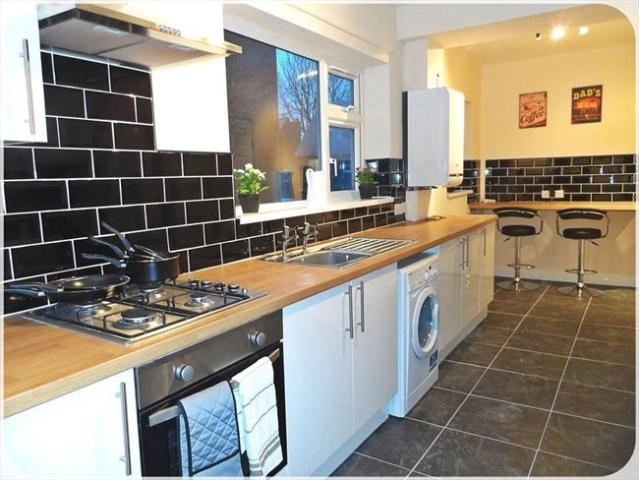 Princess Avenue, South Elmsall, 6 Bedroom To Let