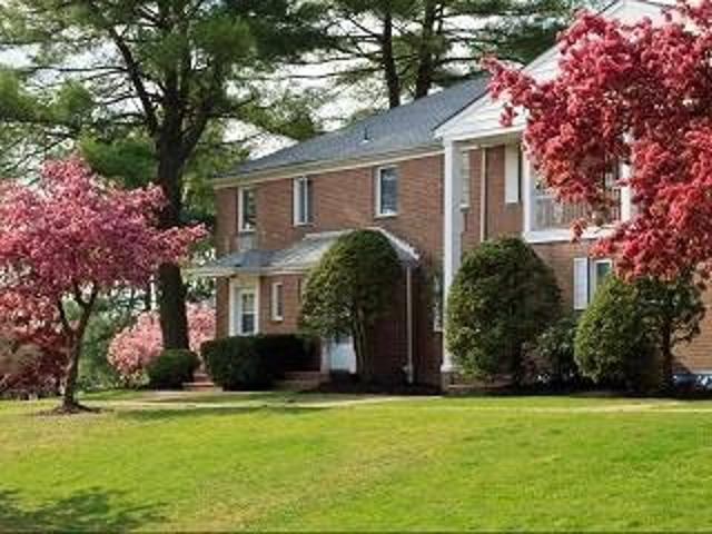 Private And Spacious 1 Bed 1 Bath In The Heart Of The City 806 Morris Tpke, Short Hills, Nj