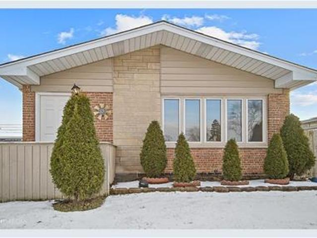 Ranch Home In Chicago Heights Available11