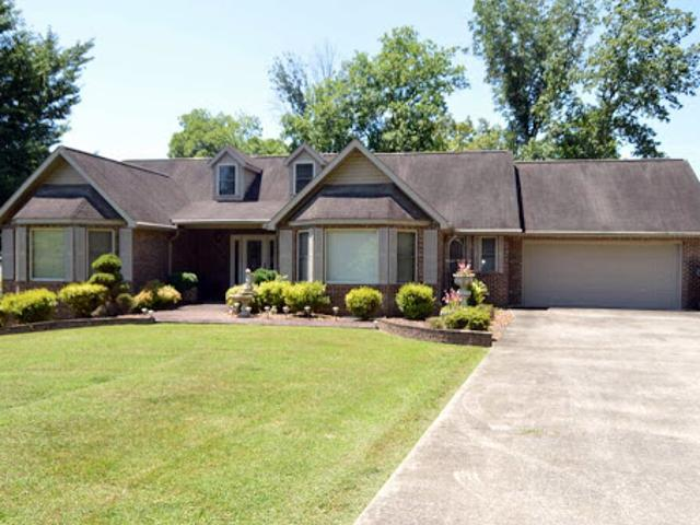 Ranch, Residential, Traditional Harriman, Tn