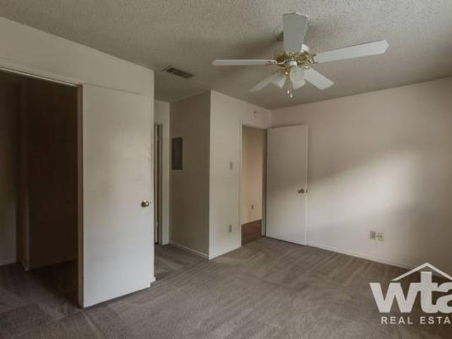 Rare 1 Bed See Actual One Lease Take Over San Marcos