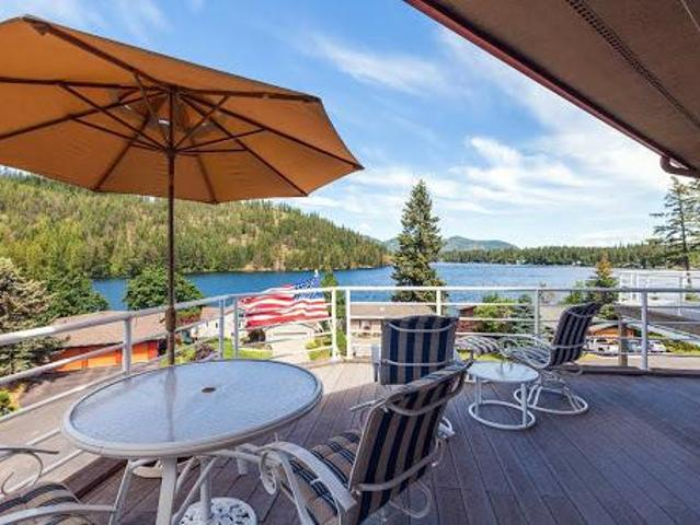 Rathdrum Two Br Two Ba, Rare Lake View Single Level Condo In The