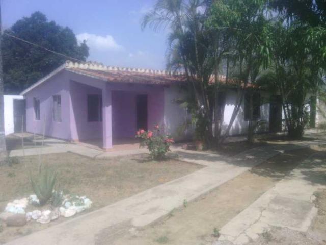 Remato Hermosa Casa En La Zona Norte De Barquisimeto Sector El Cardonal Recibo Vehiculo Co...