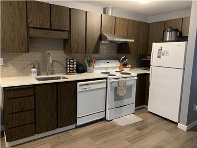 Remodeled One Bedroom Apartment
