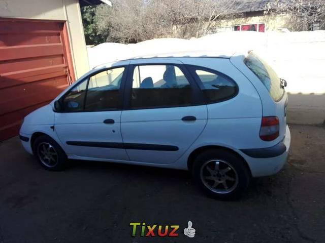 7b3290f50a Renault Scenic - used small renault scenic - Mitula Cars