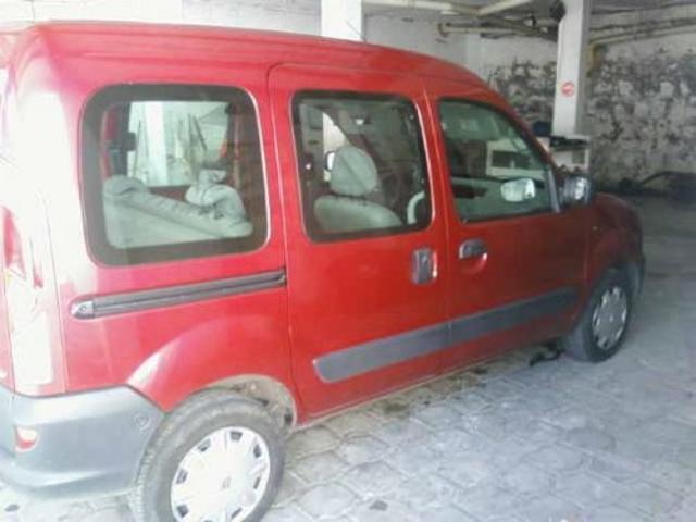 Renault kangoo modelo 2003 9700 negociables
