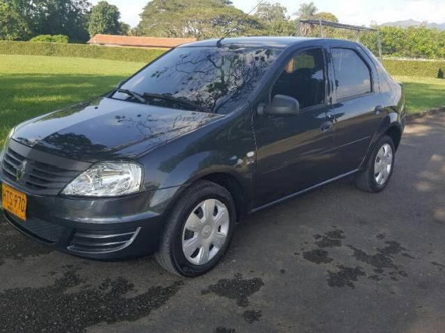 Renault logan 2014 vendo o permuto renault logan 2014