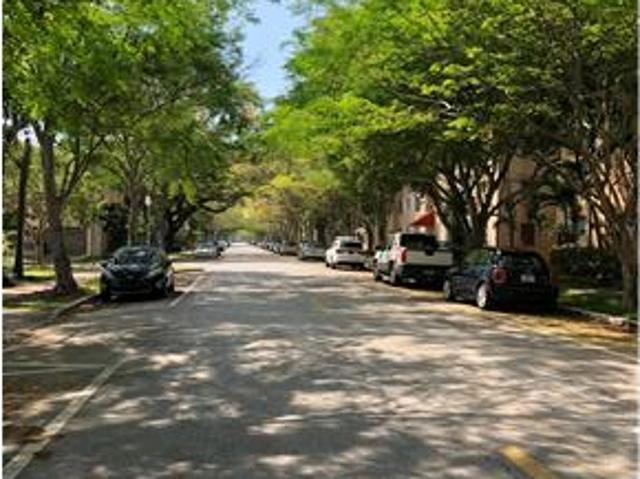 Renovated 1/1 Condo In The Heart Of Coral Gables