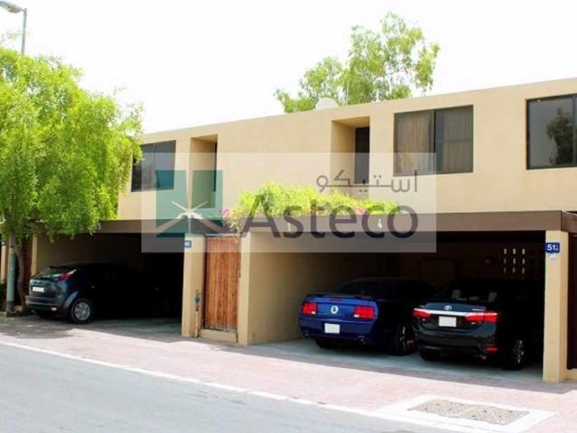 Renovated 3 Bedroom+maid Villa With Communal Pool
