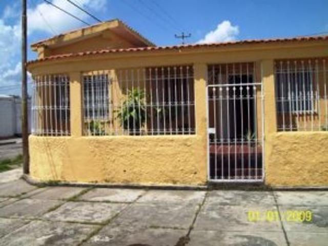 Rent A House Vende Casa En Acarigua Edo Portuguesa. Cod Flexs. 09 5297