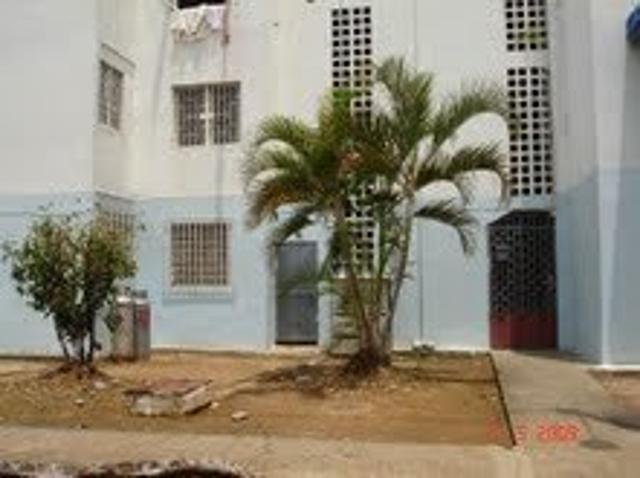 Renta House Acarigua Vende Apartamento En La Goajira 10 3398