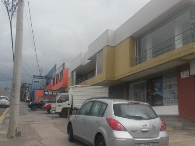 Renta Locales Para S Y Consultorios Local En Arriendo En Quito Carcelen