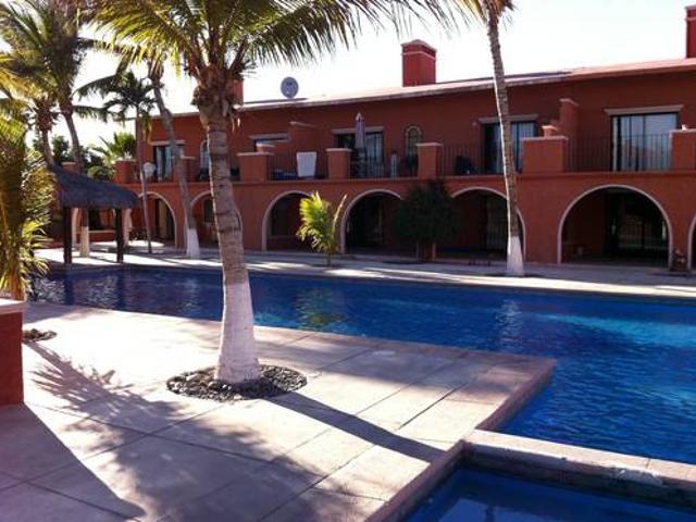 Renta Mensual De Departamento En Condominio Con Alberca