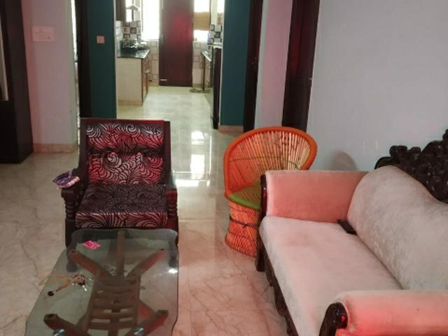 Rental | 3 Bhk + Pooja Room 1650 Sq.ft. Independent House In Sector 45