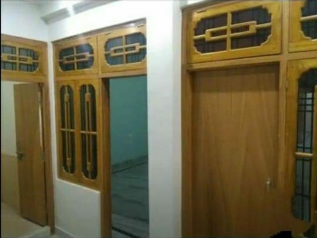 Rental   3 Bhk + Pooja Room,study Room 1000 Sq.ft. Independent House In Chinhat