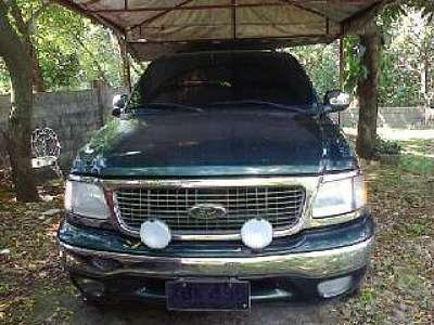 Repossessed Vehicle Ford Expedition 2002 Gas Matic