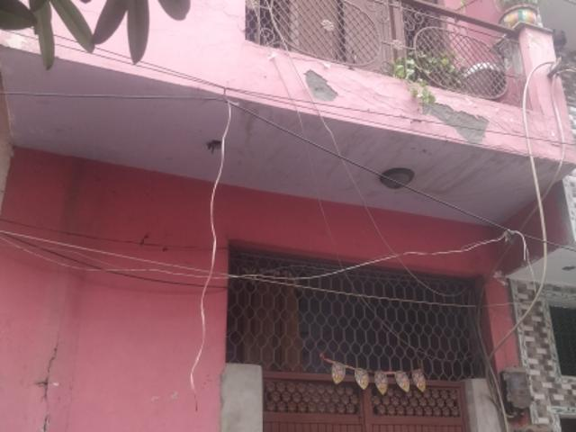 Resale | 2 Bhk 450 Sq.ft. Independent House In Shahdara