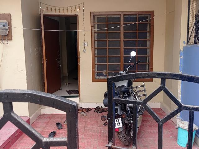 Resale | 2 Bhk 800 Sq.ft. Independent House In Ayodhya Bypass Road