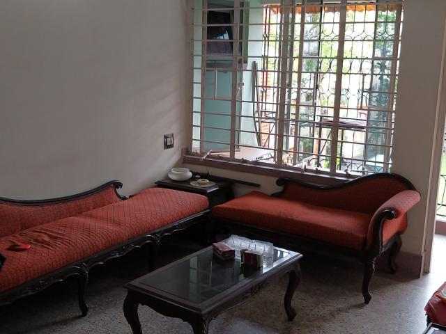 Resale   3.5 Bhk + Extra Room 789 Sq.ft. Apartment In Em Bypass