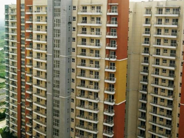 Resale   3 Bhk 1500 Sq.ft. Apartment In Bptp The Resort