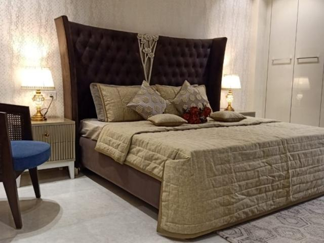 Resale   3 Bhk + Pooja Room 1953 Sq.ft. Apartment In Bollywood Esencia