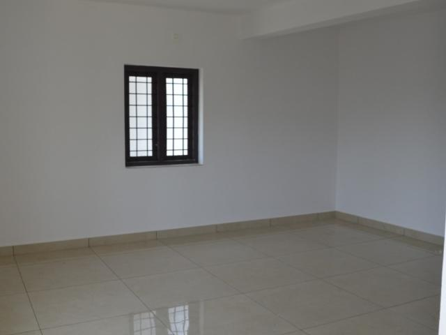 Resale | 4 Bhk + Pooja Room 2100 Sq.ft. Independent House In Villas