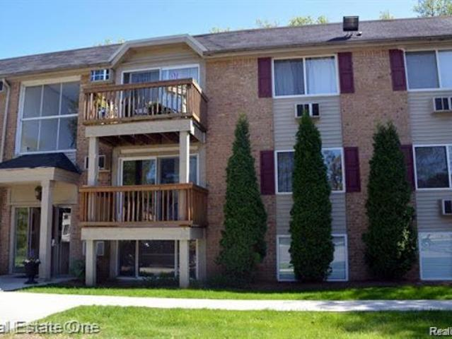 Rochester Two Br One Ba, Great Opportunity For A First Time Buye