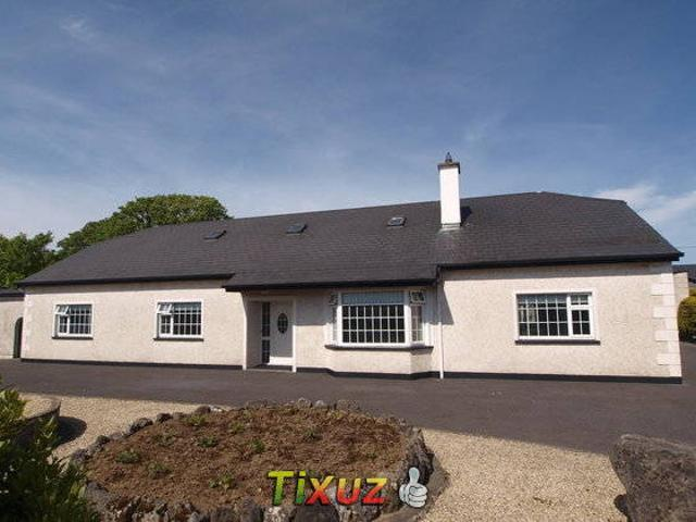 Valley Lodge Farm Hostel, Claremorris, Ireland - tonyshirley.co.uk