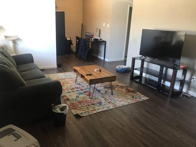 Room Available In Two Bedroom Apartment Coralville