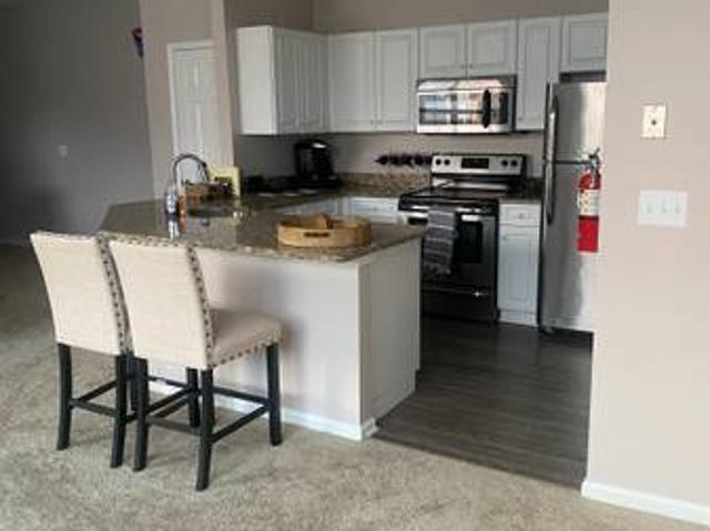 Room Available Now In Luxury 2 Bedroom Townhouse Cedar Knolls