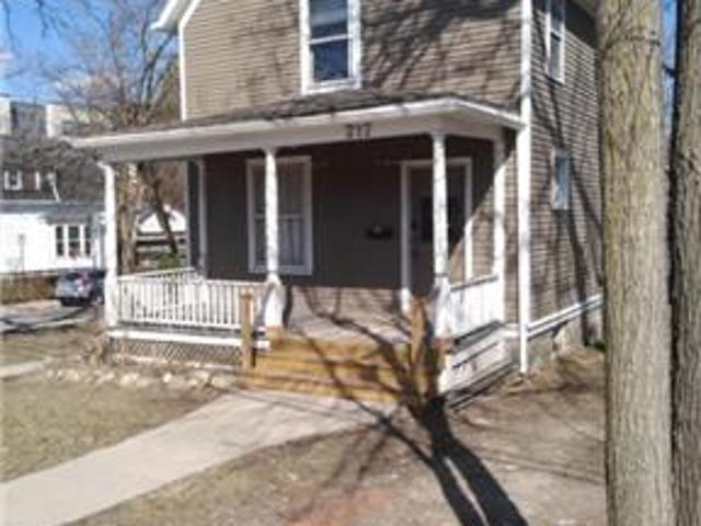 Rooms In 5 Bdrm Home Very Close To U Of M