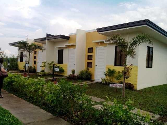 Homes contract properties in calamba mitula homes for Row houses for sale