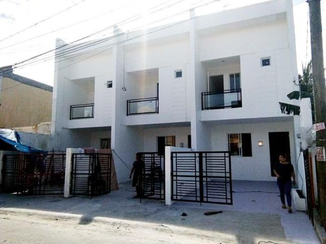 Rush Resale Townhouse Ready To Occupy In Metrocor Moonwalk Las Pinas With 3 Bedrooms