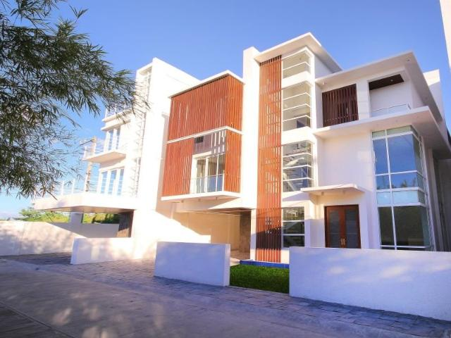 Rush Sale Modern 4 Bedroom House & Lot At Mahogany Place 3