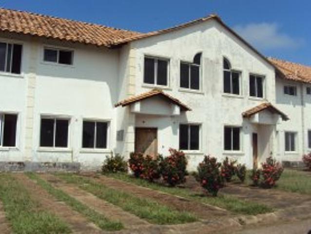 San Miguel Hermoso Townhouse En Obra Gris A La Venta!
