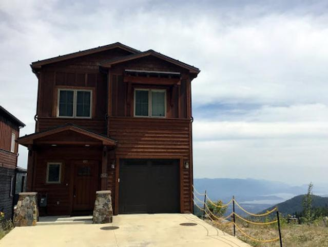 Sandpoint Three Br 3.5 Ba, Superior Ski In/ski Out Home At