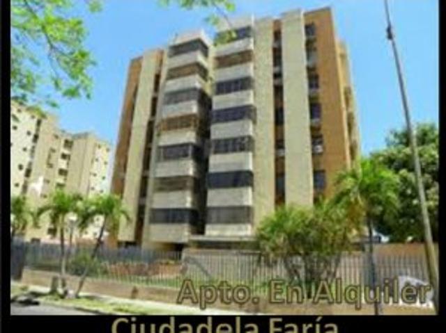 Se Alquila Apartamento En Ciudadela De La Faria. Cerca De Urbe