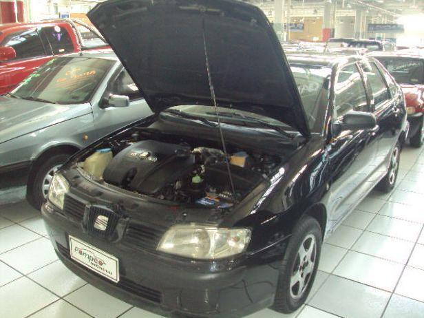 <strong>Seat</strong> <strong>Cordoba</strong> Preto 2002/2002 Gasolina Em Guarulhos