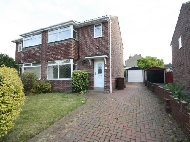 Semi 3 Bedroom House To Rent In Thornhill Drive, Walton, Wakefield, Wf2 6nx On Boomin